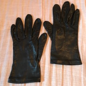 Leather Gloves with Silk Lining